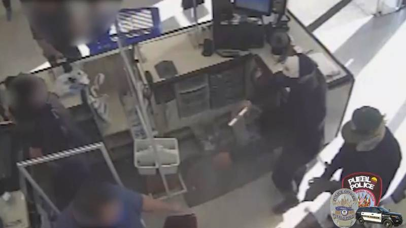 Armed robbery suspects in Pueblo. 10/5/21.