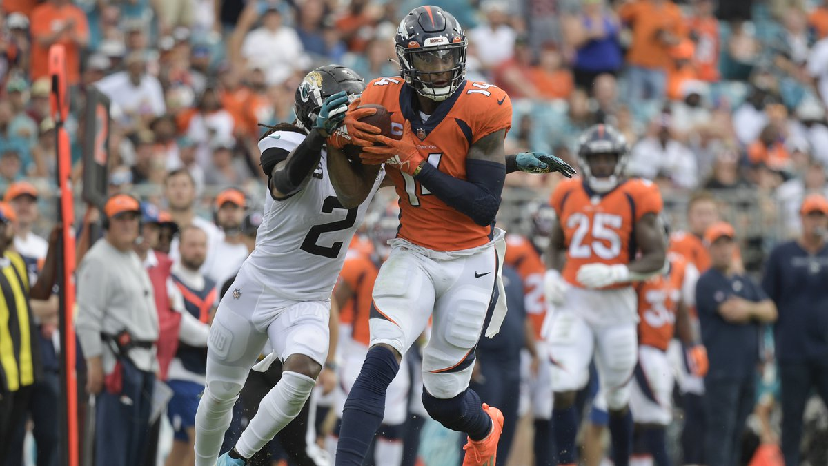 Denver Broncos wide receiver Courtland Sutton (14) catches a pass in front of Jacksonville...