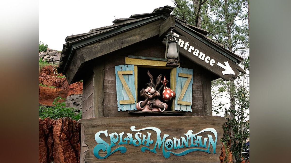 """The character Brer Rabbit, from the movie """"Song of the South,"""" is depicted near the entrance to the Splash Mountain ride in the Magic Kingdom at Walt Disney World in Lake Buena Vista, Fla., Wednesday, March 21, 2007.(AP Photo/John Raoux)"""