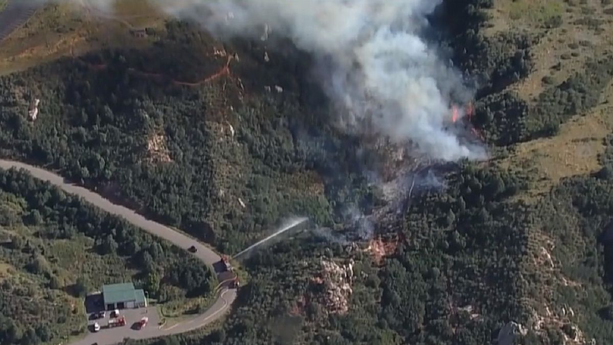 Wildfire in Deer Creek Canyon/Jefferson County. Picture courtesy CBS Denver.