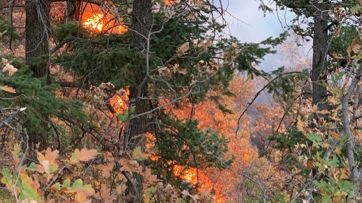 Barr Trail fire