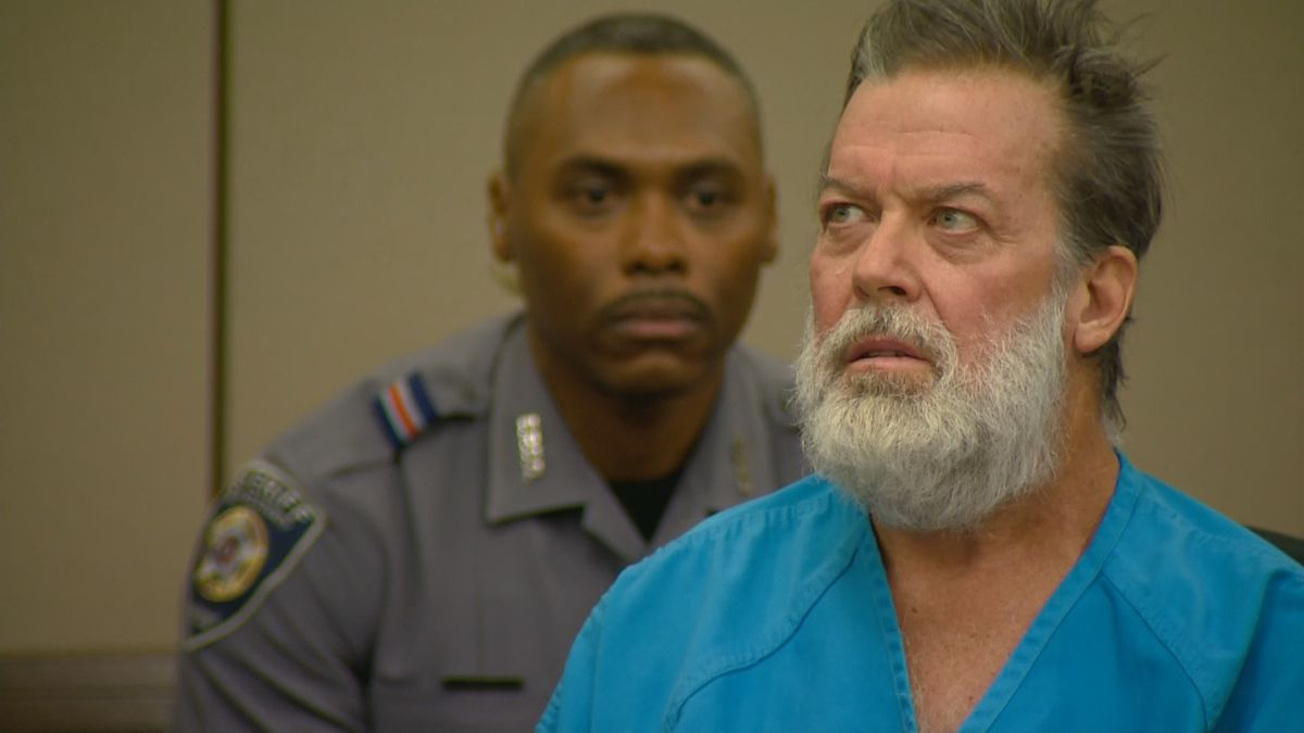 Robert Dear during his first courtroom appearance, Dec. 9, 2015.