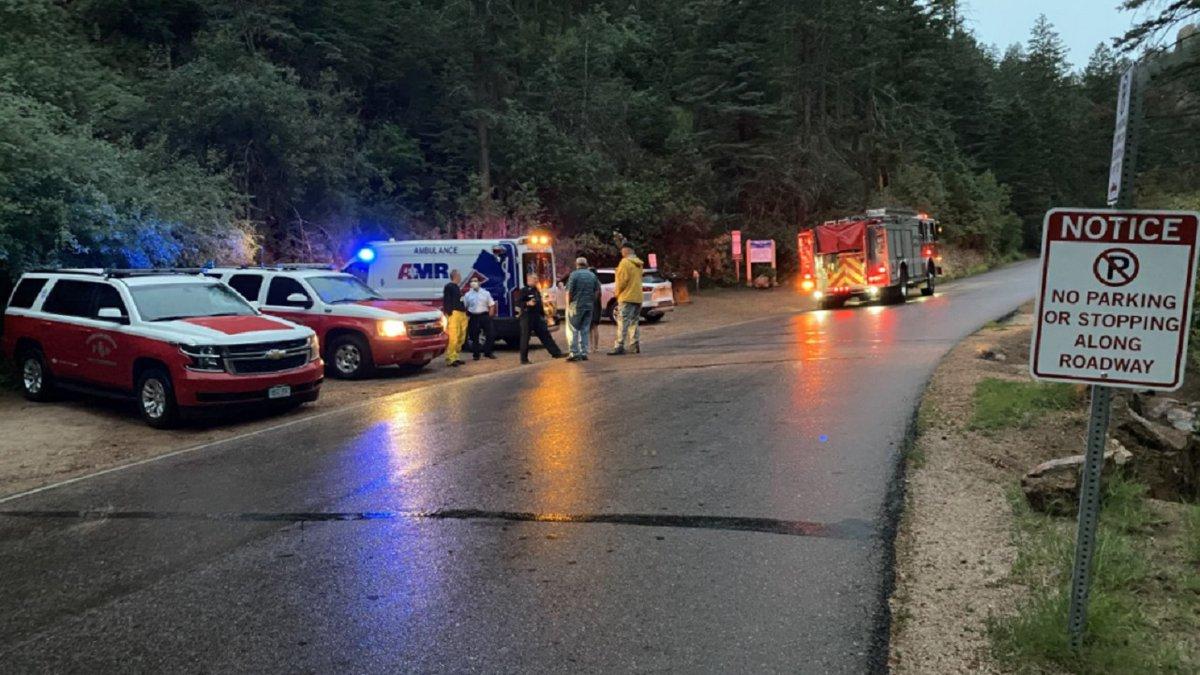 Crews rescue 2 hikers in Colorado Springs 7/21/21.